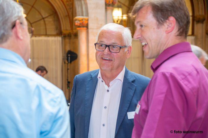 Im Gespräch KommR Kurt Essmann und DI Andreas Schramm (vlnr.)